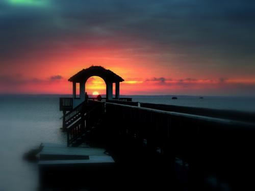 monteray shores Pier
